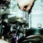 Проверка и замена датчика давления масла Лада Гранта