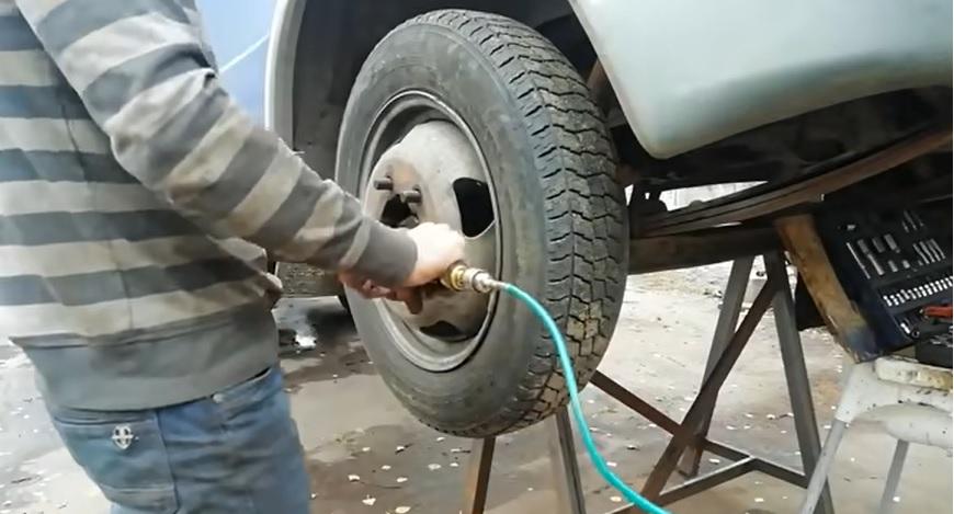Как заменить шкворни на газели шаг 2